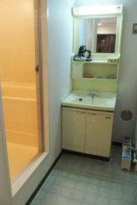 1970年代のコンバスシリーズの洗面所